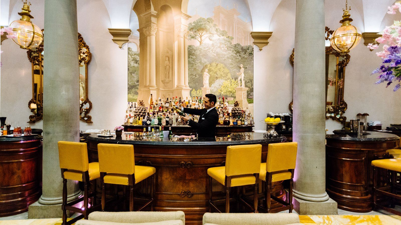 Champagne Sabering The St. Regis Florence Winter Garden Bar